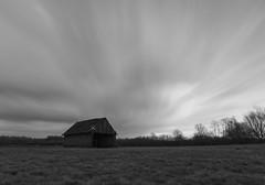 Cloudy Weekend (SebiSebi_Wo) Tags: wolken sturm langzeitbelichtung schwarz weis hütte
