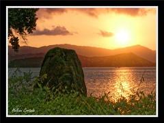 sunset (coucher de soleil) (hcortade) Tags: thailande oyage travel ile island samui monde world cth5 soir soleil coucherdesoleil sunset mer ciel sky nuages clouds arbre tree orange rouge eau groupenuagesetciel
