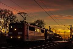 45_2019_02_14_Gelsenkirchen_Bismarck_6151_163_Rpool_mit_Seitenkipperwagen ➡️ Herne_Abzw_Crange (ruhrpott.sprinter) Tags: ruhrpott sprinter deutschland germany allmangne nrw ruhrgebiet gelsenkirchen lokomotive locomotives eisenbahn railroad rail zug train reisezug passenger güter cargo freight fret bismarck db ccw de efm eh eloc hctor rpool pkpc spag 323 0077 0275 0632 1225 1265 1266 1275 3294 6145 6156 6185 6186 6189 6241 9123 9124 captrain ecr ell hectorrail lotos setg spitzke museumszug schrottzug logo natur outdoor graffiti wildgänse flugzeug sonnenuntergang airbus 380