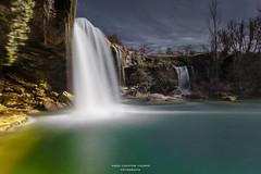 Cascada del Peñón (Paco Fuentes Vicario) Tags: roca rock cascada cielo agua árbol catarata fall waterfall tobalina burgos pedrosadetobalina jerea castillayleón españa