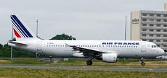 Airbus A-320 F-GKXH (707-348C) Tags: parisdegaulle paris lfpg passenger airliner jetliner airbus airbusa320 a320 airfrance france 2011 cdg afr degaulle fgkxh