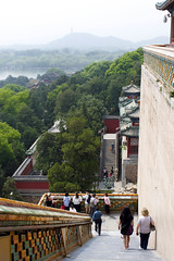 Labyrinth of staircases (Magryciak) Tags: asia 2018 china beijing travel trip holiday vacation canon eos spring springtime memory city urban architecture history culture summer palace stairs staircase people lake tower