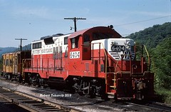 A Visitor from Western Maryland (NSHorseheadSD70) Tags: robert tokarcik railroads trains railways locomotives morgantown west virginia western maryland emd gp9 circus paint scheme
