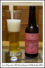 Los Huertos III Strawberry Milkshake IPA  Sesma Brewing Co. (Agustin Peña (raspakan32) Fotero) Tags: loshuertosiii sesmabrewingco ale birra beer biere bierpivo cerveja cerveza cervezas garagardoa bebida bebidas edaria edariak agustin agustinpeña raspakan32 raspakan nikond nikonistas nikond7200 nikonista nikon d7200 nafarroa navarra navarre bn blancoynegro blackandwhite monocromo