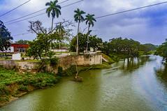 Puente el Triunfo sobre el rio Sagua la Grande (o rio Undoso) (lezumbalaberenjena) Tags: sagua villas villa clara cuba 2019 lezumbalaberenjena rio river undoso grande bridge puente triunfo