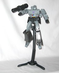 megatron transformers masterpiece mp 36 takara tomy 2017 37 (tjparkside) Tags: megatron transformers g1 series 1 1984 hasbro masterpiece mp 36 takara tomy 2017 transformer 2018 tf tak decepticon decepticons cartoon movie collector collectors card alternate face faces blaster pistol destron leader energy mace chain laser dagger sword key vector sigma faceplate smile crying damage damaged scope stock silencer walther p38 p 38 normal chest headgear nuclear charged fusion cannon