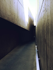 Concrete Canyon (Rafael_Santos_7) Tags: architecture street urbanscene tunnel nopeople indoors flooring dark vanishingpoint transportation builtstructure empty wallbuildingfeature diminishingperspective citylife backgrounds city underground concrete corridor lg g6