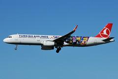 TC-JSU (Turkish Airlines - LEGO Movie) (Steelhead 2010) Tags: legomovie turkishairlines airbus a321 a321200 dus tc0reg tcjsu