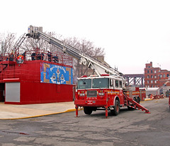 FDNY (Seth Granville) Tags: fdny seagrave aerialscope 75 the rock training
