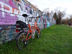 2018 (stevenbrandist) Tags: moulton tsr tsr27 orange spaceframe leicestershire leicester graffiti greatcentralway cycling cyclist urban stats statistics brooks