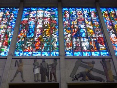Blois, Loir-et-Cher (Marie-Hélène Cingal) Tags: france centrevaldeloire centre loiretcher 41 blois baznīca église kirik iglesia church chiesa bažnyčia kirche kostol eliza vitraux