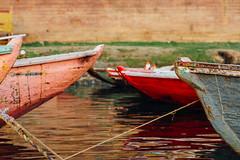 Boats on Ganges River, Varanasi India (AdamCohn) Tags: adam cohn adamcohn ganga ganges gangesriver india uttarpradesh varanasi boat dawn morning rowboat streetphotographer streetphotography sunrise wwwadamcohncom