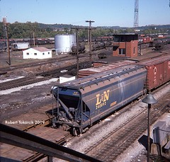 ACF At Connellsville (NSHorseheadSD70) Tags: robert tokarcik freight cars covered hoppers trains railroads railways connellsville pa pennsylvania ln louisville nashville