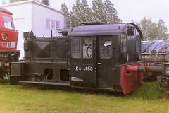 DB Ko 4858 (bobbyblack51) Tags: db kof ii drg 100 310 bmag diesel shunter ko 4858 1007582 3107588 bw rostock 2001