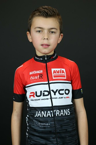 Avia-Rudyco-Janatrans Cycling Team (2)