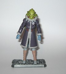 kit fisto cold weather gear cw60 star wars the clone wars blue black cardback basic action figures 2011 hasbro c (tjparkside) Tags: kit fisto cold weather gear cw60 cw 60 star wars clone clones trooper troopers red white card back packaging hasbro basic action figure figures sw tcw lightsaber jedi snow orto plutonia nahdar vebb 2011 goggles display stand base silver ice shoes blue black cardback