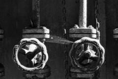 MCM | Archeologia Industriale (Marco Martucciello) Tags: marcomartucciellofotografia marcomartucciello cotoniere salerno nikonf6 nikkor abandoned mcm archeologiaindustriale blackandwhite ilfordhp5 hp5 ragnatela pellicola film manifatturecotonieremeridionali