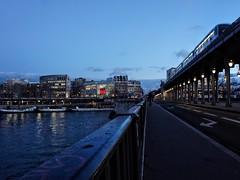 Blue hour at Bir Hakeim (marc.barrot) Tags: bluehour train bridge theseine urbanlandscape france paris 75016 pontdebirhakeim