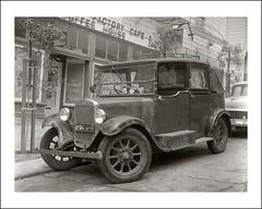Vehicle Collection (9601) - Austin (Steve Given) Tags: motorvehicle familycar automobile
