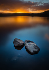 Sunset over Semer Water (david.travis) Tags: yorkshiredales unitedkingdom goldenhour england sunset rock lake slow semerwater yorkshire dusk appicoftheweek