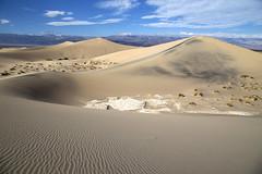 Mesquite Flat Sand Dunes (BDFri2012) Tags: mesquiteflatsanddunes sanddunes sand clouds mountains deathvalleynationalpark deathvalley desert desertsouthwest nationalpark california ca southwestunitedstates americansouthwest landscape