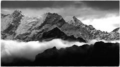 Nepal (Rolfmundi) Tags: helambu nepal wolken