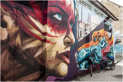 201- LIBERTÉ EGALITÉ LEGALI$É - UZUPIS - VILNIUS - LITUANIA - (--MARCO POLO--) Tags: grafitis rincones ciudades curiosidades