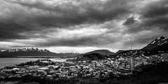 Ushuaia, Argentina (pas le matin) Tags: sky ciel sea mer water bay baie eau ocean beagle canal canalbeagle beaglechannel travel voyage world city ville cityscape ushuaia mountain montagne cloud nuage dramatic landscape paysage seascape boat bateau terredefeu tierradelfuego patagonie argentina patagonia argentine southamerica bw nb blackandwhite noiretblanc monochrome canon 5d 5dmkiii canon5d canon5dmkiii canoneos5dmkiii eos5dmkiii