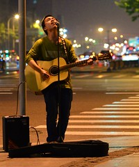 Shanghai - Street Musician (cnmark) Tags: china shanghai xuhui district xujiahui caoxi nandan road street musician strassenmusiker gitarre guitar sänger singer lights bright light nacht nachtaufnahme noche nuit notte noite 中国 上海 徐汇区 徐家汇 南丹路 漕溪北路 ©allrightsreserved