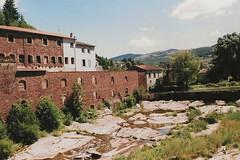 Camarès - Aveyron (Cherryl.B) Tags: village pittoresque tourisme aveyron rivière pierres végétation