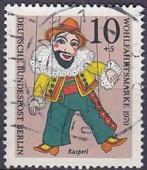 Deutsche Briefmarken (micky the pixel) Tags: briefmarke stamp ephemera deutschland bundespost berlin wohlfahrtsmarke marionette kasper kasperle chaschperli gliederpuppe puppentheatersammlung münchen