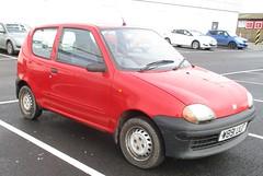 2000 Fiat Seicento Mia (occama) Tags: w891uof 2000 fiat seicento mia red old small car cornwall uk italian