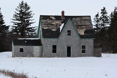 Abandoned Farmhouse (Craigford) Tags: hermanville pei canada old abandoned dilapidated house farmhouse
