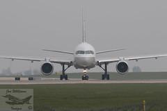 United Airlines Boeing B757-224(WL) (jonny4x4uk) Tags: man manchesterairport ringway egcc avgeek aircraft civilian southside 23l 23r boeing b737 b757 b747 b777 b787 dash8 airbus a319 a320 a350 a380 a330 q400 bombardier crj1000 iberia flybe ba britishairways speedbird airfrance virginatlantic virgin jet2 tui etihad skyteam emirates united lufthansa sacandinavian airlines sas singapore thomascook jumbo hainan cathaypacific icelandair dreamliner klmasia airlivery hawker beechcraft cockpit closeup departures n13113