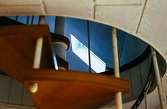 94-03 durchbl trepp frosch p vert ag18-082 (ulrich kracke (many thanks for more than 1 Mill vi) Tags: dachfenster do durchblick froschp schüruferstr spirale vertikale wendeltreppe cof057 indoorouterpov etage treppe cof057mark cof057dmnq