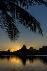 Sunset na Lagoa - Rio de Janeiro (mariohowat) Tags: sunset pôrdosol lagoarodrigodefreitas riodejaneiro natureza canon