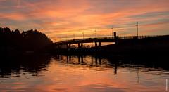 Sunset Ría de Cubas (Mary Bassani) Tags: sunset puestadelsol tramonto atardecer river bridge pedreña cantabria spain land panorama paisaje paesaggi canonphotographer canon ngc nature