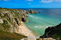 Pedn Vounder Beach, Cornwall (Uwe Kögler) Tags: cornwall coast coastpath loganrock england uk unitedkingdom united beach küste bucht meer sea rock grosbritannien greatbritain porthcurno bay water wasser pedn vounder penwith