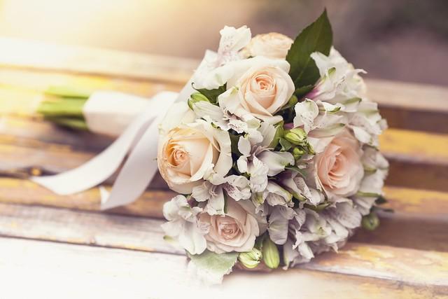 Обои розы, flowers, свадебный букет, roses, wedding картинки на рабочий стол, раздел цветы - скачать
