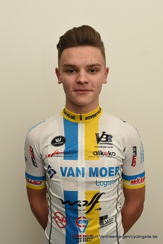 Van Moer Logistics Cycling Team (142)