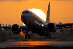2019_02_23 MIA stock 737 MAX-4 (jplphoto2) Tags: 737 737max americanairlines americanairlines737max8 boeing737 boeing737max jdlmultimedia jeremydwyerlindgren kmia mia miamiinternationalairport usatoday aircraft airline airplane airport aviation