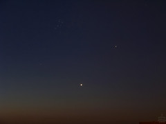 Venus-Mars-Pleiades / @ 19 mm / 2009-07-06 (astrofreak81) Tags: pleiades m45 messier planet venus mars rare constellation morning sky astrophotos year 2009 sun stars tree light night dark konjunktion konstellation dresden 20090706 sylviomüller sylvio müller astrofreak81