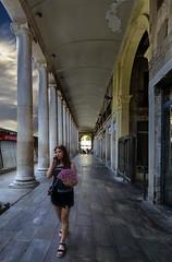 tecnologia mecanica y digital. (Ramirez de Gea) Tags: people street gotic barcelona