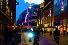 walking around at night (JoséDay) Tags: sony sonydsc sonydscrx100m3 thehague denhaag atnight walkingaround