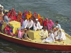 varanasi 2019 (gerben more) Tags: varanasi boat benares india ganges ganga people colours colors women men water