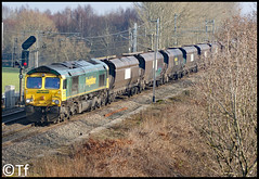 Freightliner 66571 - Moore (Tf91) Tags: rail railways freightliner freight shed 66571 moore loco locomotive ffps coal coalhoppers