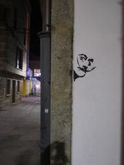 Dalí (Lola Palmeira) Tags: salvador dalí graffiti callejeando pintada pared calles artista callejero bigote de street art
