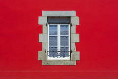 Red wall with a window (Jan van der Wolf) Tags: map189151v window raam wall red rood simple simpel minimalism minimalistic minimalisme minimal muur