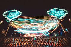 Speed Wave - Prater, Vienner (Sebastian Bayer) Tags: lichtspuren karussell nacht attraktion bewegung prater metall blauestunde spas technik abend fahrgeschäft dynamik langzeitbelichtung wien