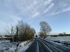 Snow Day - County Cork, Ireland - March 3, 2019 (firehouse.ie) Tags: countycork rural highways highway roadways roadway roads ireland countryside road sky snowscape snow